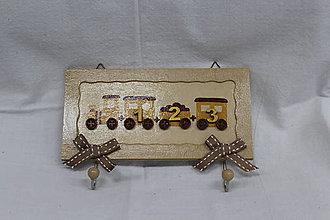 Nábytok - Vešiak z dreva - 10320941_