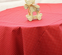 Úžitkový textil - Obrus. Červený s drobnými bodkami - 10323812_