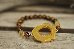 Náramky - Náramok s achátovou drúzou a minerálmi tigrie oko a citrín - 10320384_