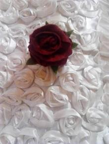 Odznaky/Brošne - brošňa filcová ruža 2 - 10326920_