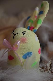 Dekorácie - Zajačiky ponožkové  (Žltá) - 10326198_