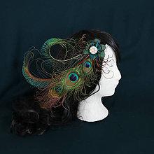 Ozdoby do vlasov - Fascinátor z pávích pier - 10327779_