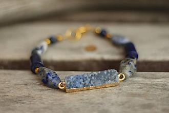 Náramky - Náramok s achátovou drúzou a minerálom sodalit a lapis lazuli - 10325901_