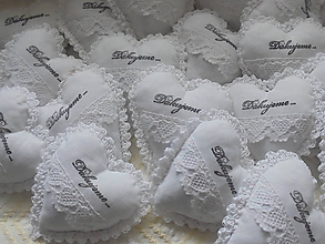 Darčeky pre svadobčanov - Svadobné srdiečka ako darček - 10326756_