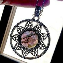 Náhrdelníky - Natural Labradorite & Antique Silver Necklace Talisman / Výrazný náhrdelník - amulet so zeleným labradoritom #1460 - 10329799_