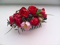 Kvetinový hrebienok do vlasov ... vôňa ženy ...