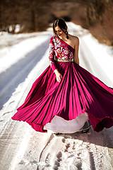 Šaty - Vyšívané šaty Poľana - 10329334_
