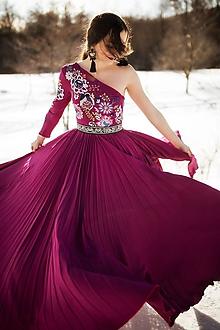 Šaty - Vyšívané šaty Poľana - 10329325_