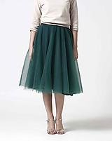 Tylová midi sukňa tmavo zelená