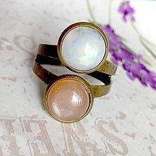 Prstene - Harmony of Gemstones Ring - Sunstone & Moonstone / Prsteň Harmónia minerálov - slnečný a mesačný kameň /1465 - 10334948_