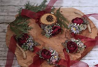 Náramky - Kvetinový náramok pre družičky Marsala SKLADOM - 10335520_