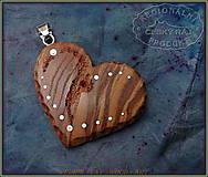 Náhrdelníky - 560. Dřevěný náhrdelník SRDÍČKO  JASAN - 10335547_