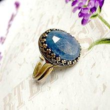 Prstene - Sapphire & Antique Bronze Filigree Ring / Bronzový filigránový prsteň s pravým zafírom #1468 - 10336273_