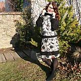 Šaty - Šaty čierno-šedé vyšívané...ZĽAVA! - 10336444_