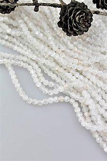 Minerály - krištál korálky 4mm (pukaný matný krištál) - 10337163_