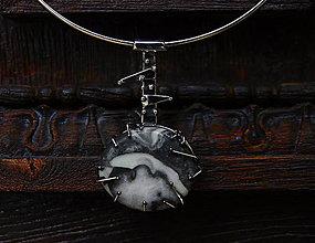 Náhrdelníky - Nerezový náhrdelník..