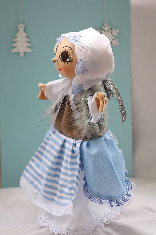 Maňuška. Perinbaba alebo aj pani Zima.