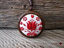 Náhrdelníky - Folk náhrdelník z dreva a polyméru - 10335861_