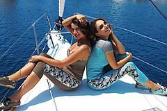Nohavice - Legíny so vzorom v troch farbách (S hnedé 3/4) - 10336998_