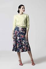 Sukne - Sukňa kruhová modrá s kvetinovým vzorom - 10341649_