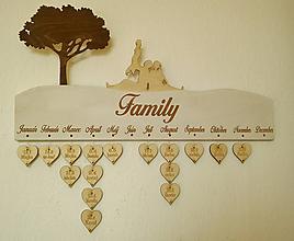 Dekorácie - Drevený rodinný kalendár - 10342145_