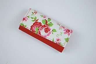 Peňaženky - Priehradková peňaženka z ekokože + ružičky - 10340178_