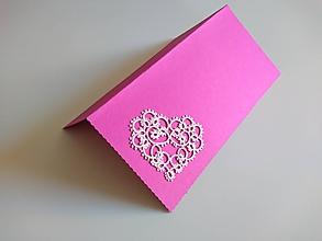 Papiernictvo - Valentínka frivolitkové srdiečko - 10340457_