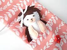 Hračky - Drobnosti v kapsičke pre dievčatá (Ježko) - 10339975_