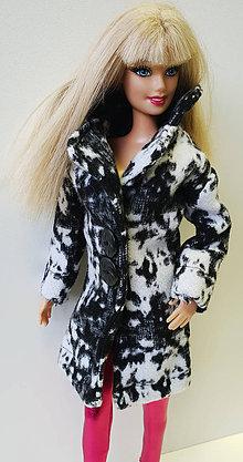 Hračky - Čiernobiely kabát pre Barbie - 10339783_