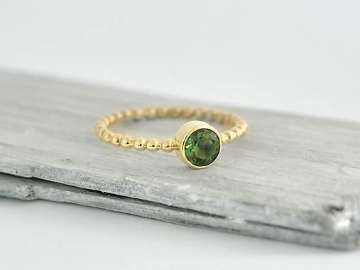 4b9915a52 585/14k zlatý prsteň s krásnym vltavínom / soamijewelry - SAShE.sk ...
