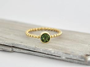 Prstene - 585/14k zlatý prsteň s krásnym vltavínom - 10343904_