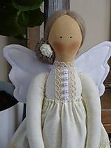 Bábiky - Béžová na podstavci - 10345187_