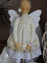 Bábiky - Béžová na podstavci - 10345192_