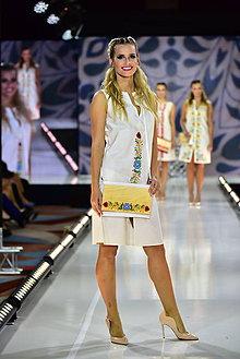 Šaty - PRVÉ... zo špeciálnej kolekcie šiat na módnu prehliadku s Lýdiou Eckhardt - 10347957_