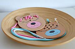 Hračky - Drevený medvedík - prevliekacia hračka - 10347013_