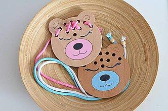 Hračky - Drevený medvedík - prevliekacia hračka (Medvedík ružový/ modrý) - 10347014_