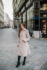 Kabáty - Vlnený kabát princess strihu SEVERANKA-krémový - 10347976_
