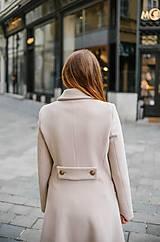 Kabáty - Vlnený kabát princess strihu SEVERANKA-krémový - 10347978_