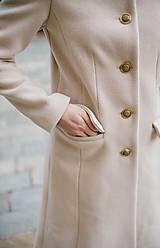 Kabáty - Vlnený kabát princess strihu SEVERANKA-krémový - 10347979_