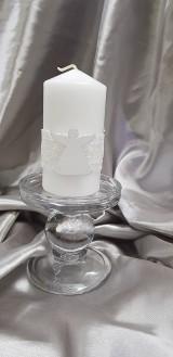 Ručne zdobená vosková sviečka, hromnička, s čipkou a dreveným anjelikom