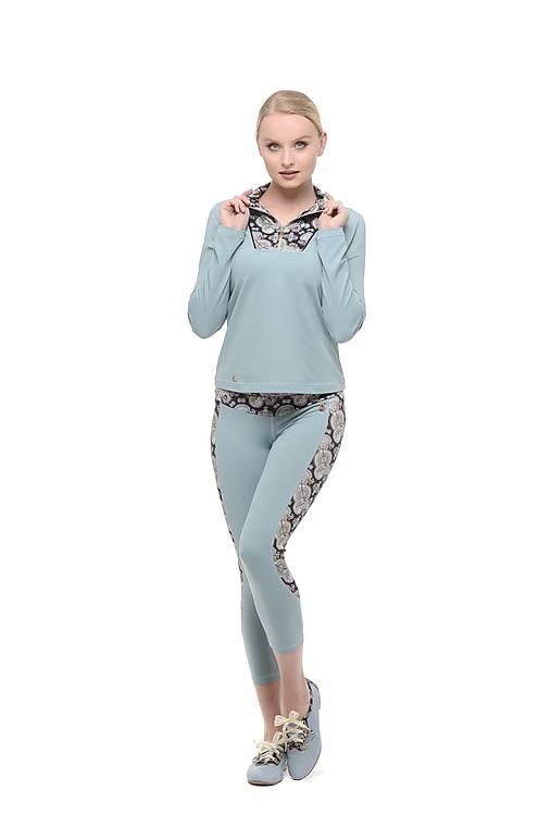 Bundička s krátkym zipsom modrá