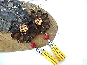 Náušnice - čierne folk kvety so strapcami - 10344913_
