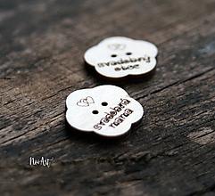 Pierka - Gombíčkyv tvare kvietku na svadobné pierka väčšie - 10349746_
