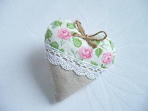 Darčeky pre svadobčanov - Svadobné srdiečka s ružami - 10350587_