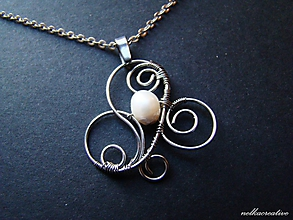 Náhrdelníky - Galadriel... (riečna perla)... antialergický prívesok - 10349233_