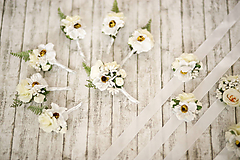 Pierka - Biele svadobné pierko, náramky pre družičky, pierka pre družbov - 10349955_