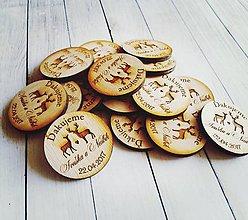 Darčeky pre svadobčanov - Drevené magnetky - 10351136_