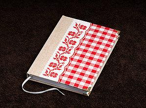Papiernictvo - Zápisník s červenou výšivkou - 10349870_