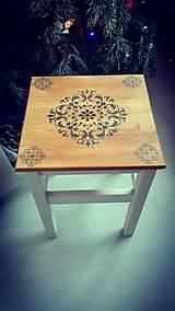 Nábytok - Drevený stolček - 10349036_