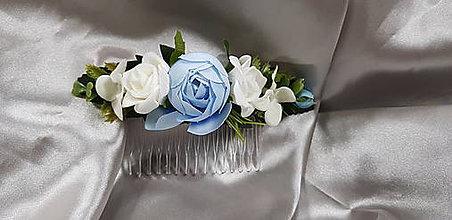 Ozdoby do vlasov - Hrebeň do vlasov, kvetinový, bielo modrý - 10349554_